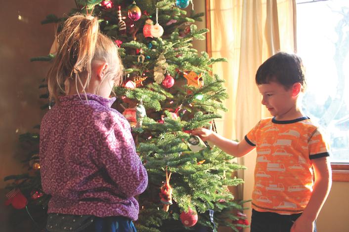 boy & girl with xmas tree